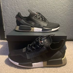 Adidas nmd_r1.v2 fw5327 black gold sneakers shoes